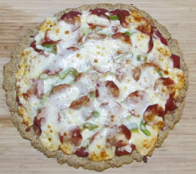 almond meal, almond flour, almond flour pizza, paleo pizza, primal pizza